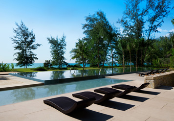 Бассейн отеля Renaissance Phuket Resort & Spa (5 звезд) Пхукет