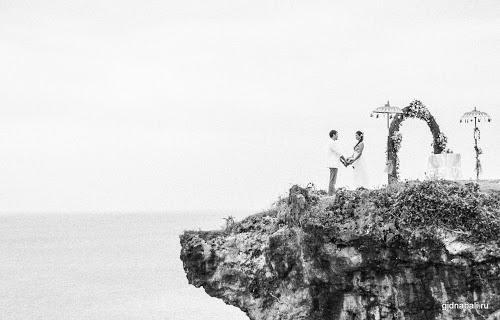 Живописный утес - романтическое место для свадьбы на Бали