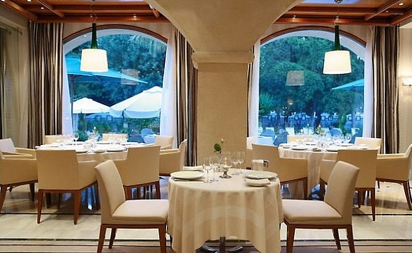 Ресторан LA BRASSERIE отеля Rodos Park Suites & SPA (5 звезд) Родос