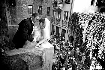 Символическая свадебная церемония в Вероне — городе Ромео и Джульетты